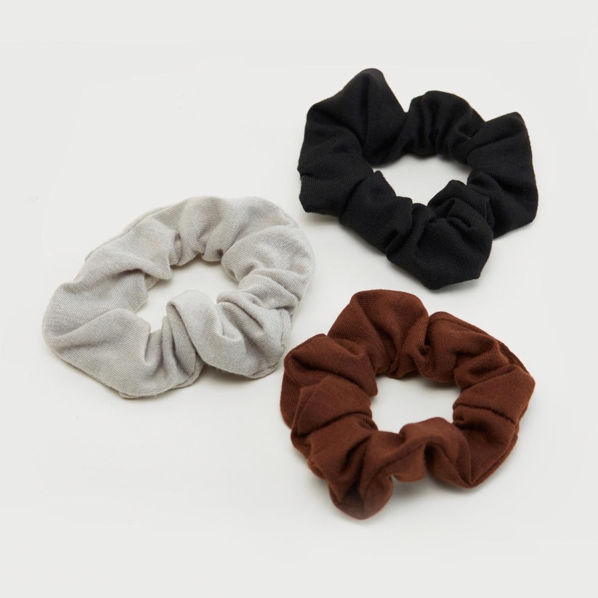 Assorted scrunchies